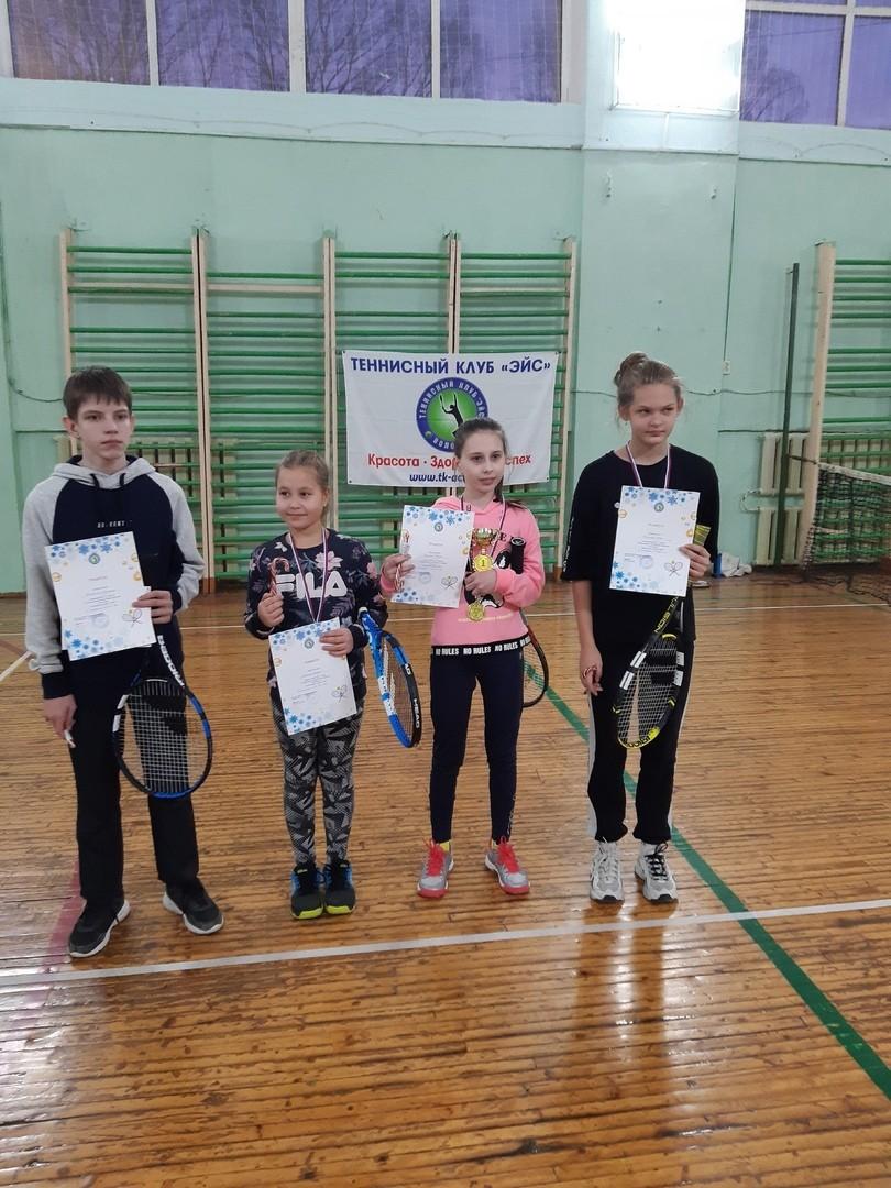 Наши теннисисты